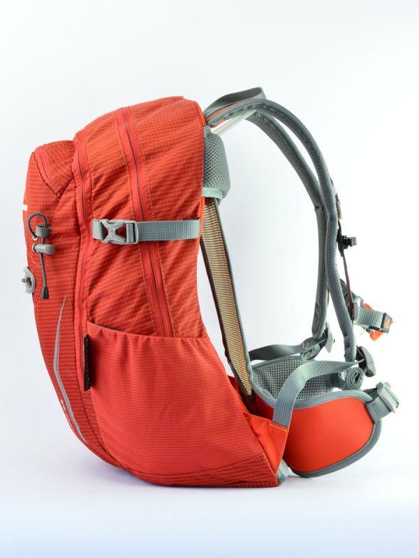 Mocny plecak z pojemnymi komorami Arendal Bergson